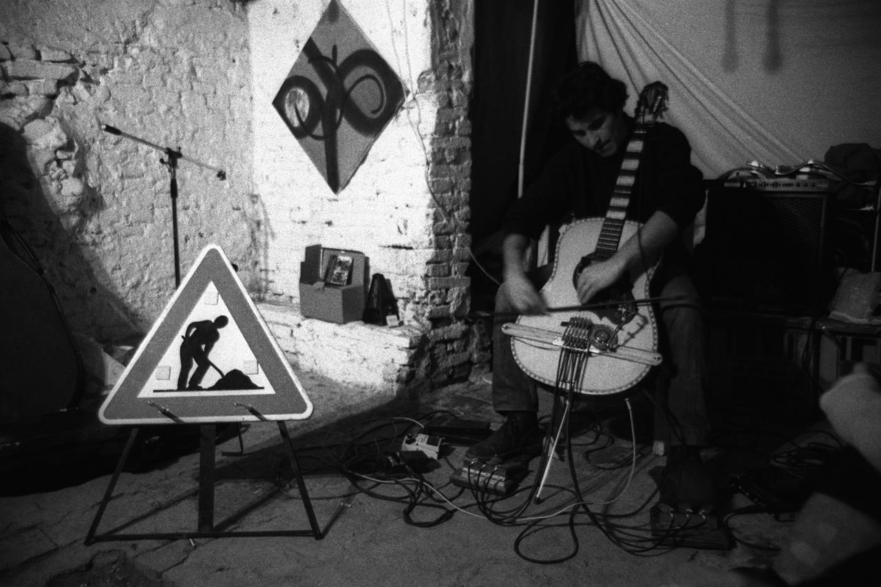 Underground (Cantine del Pratello Occupato, Bologna 1996)