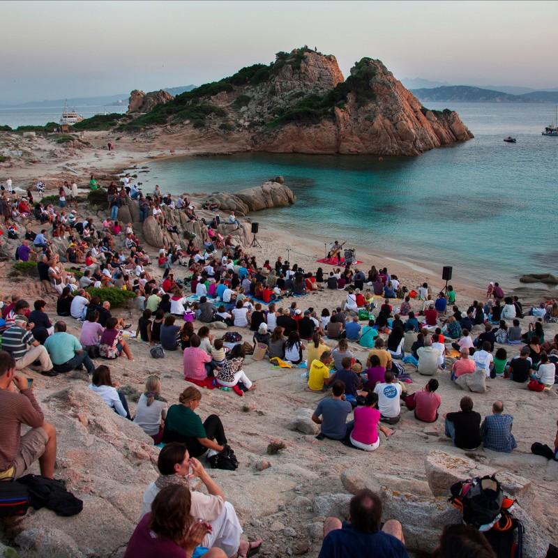 Isole che parlano 2013-Gli Spargiani: Paolo Angeli Hamid Drake